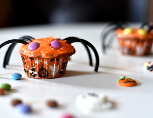 Cupcakes araignées pour Halloween