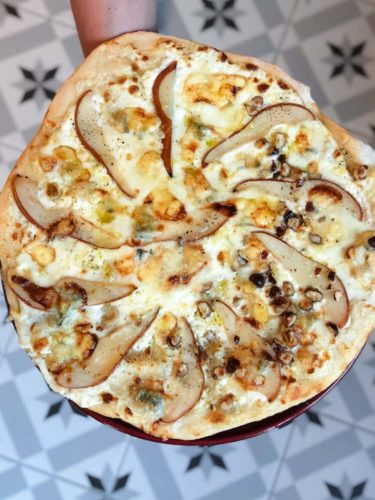 pizza blanche poires, gorgonzola