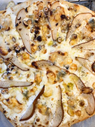 pizza blanche poires, gorgonzola,