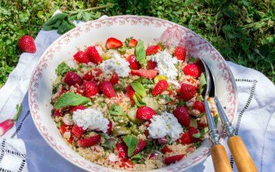 Salade quinoa, fraises et burrata