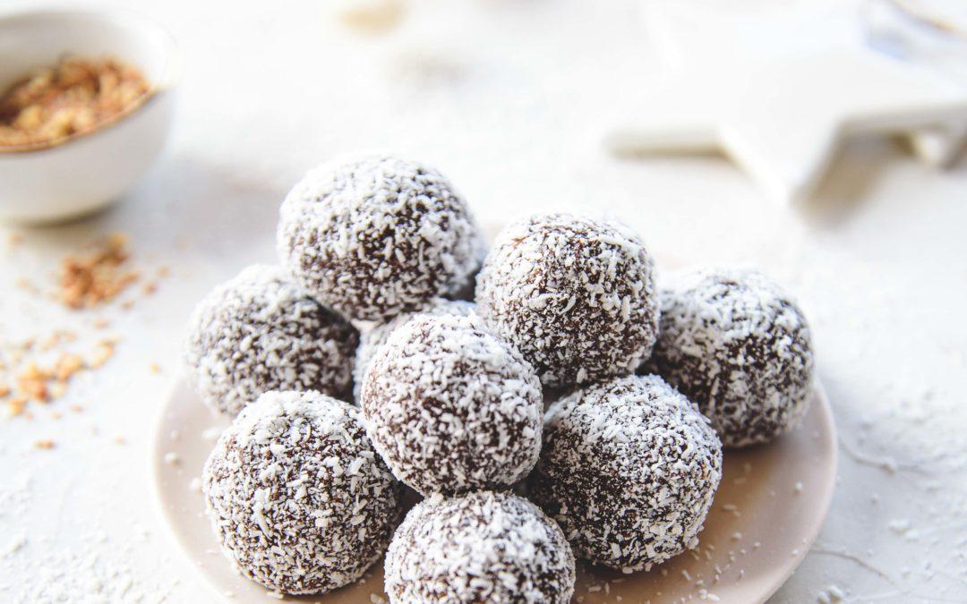 Truffes chocolat noir, pralin et noix de coco