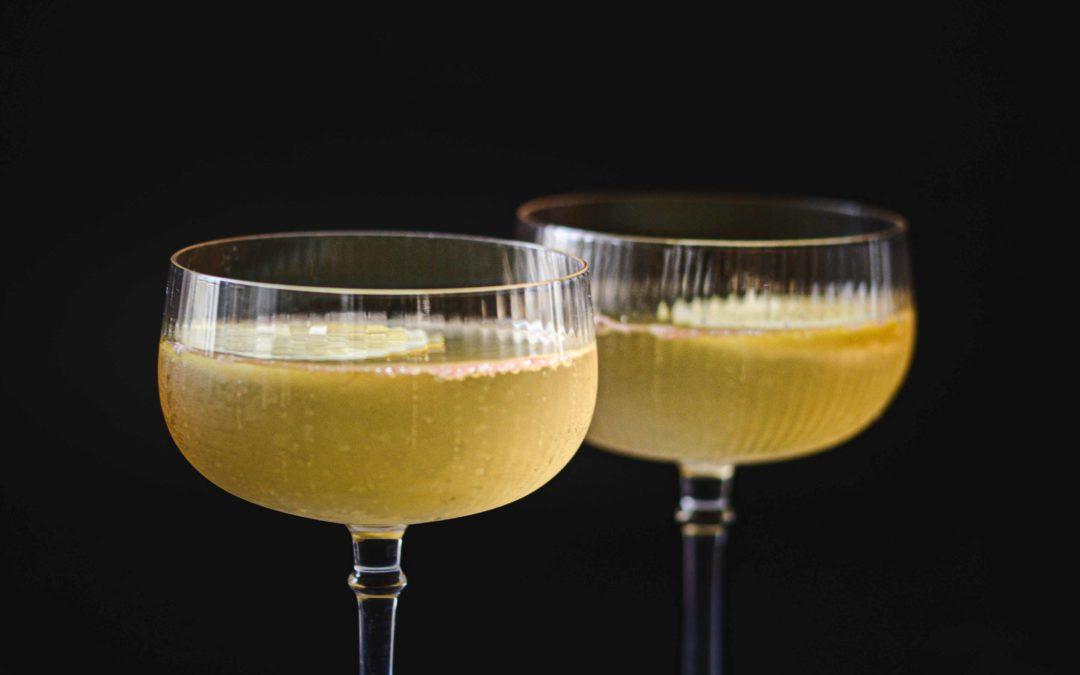 Cocktail de champagne aux agrumes